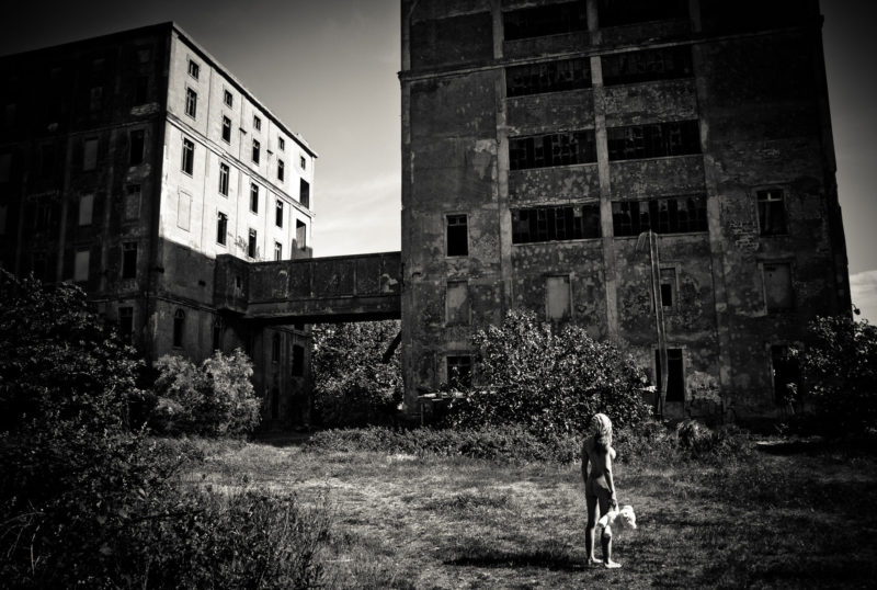 Nurbex : Shooting photo nu artistique et urbex