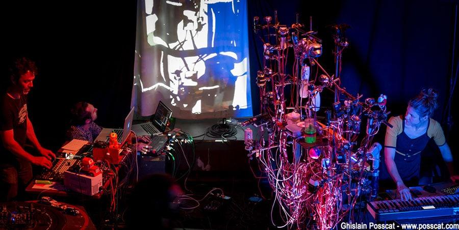 Toystroy Crew au château éphémère: visual electro live set